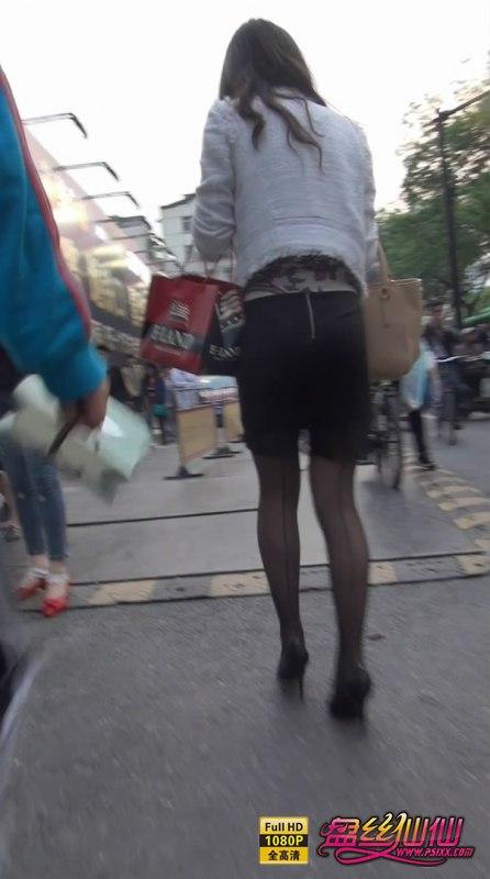 男人脱女人丝袜视频_精品熟女爱穿后竖线丝袜配上尖头细跟,完爆各年龄层男人_盘丝 ...